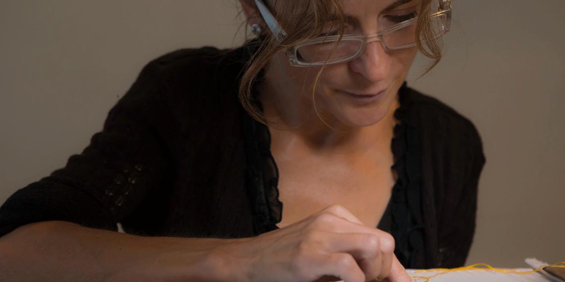 La Maître d'art Sylvie Deschamps