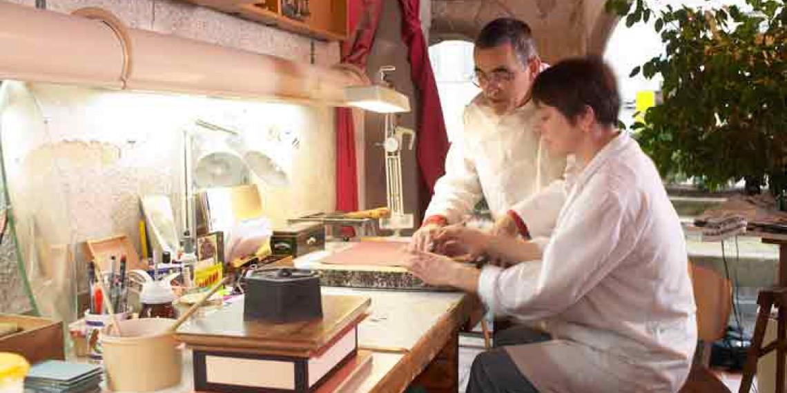 Renaud Vernier et Anne Dorgeuille, Atelier Renaud Vernier Relieur © Alexis Lecomte INMA